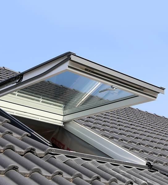 Dachfenster an einem Wohnhaus in Stuttgart